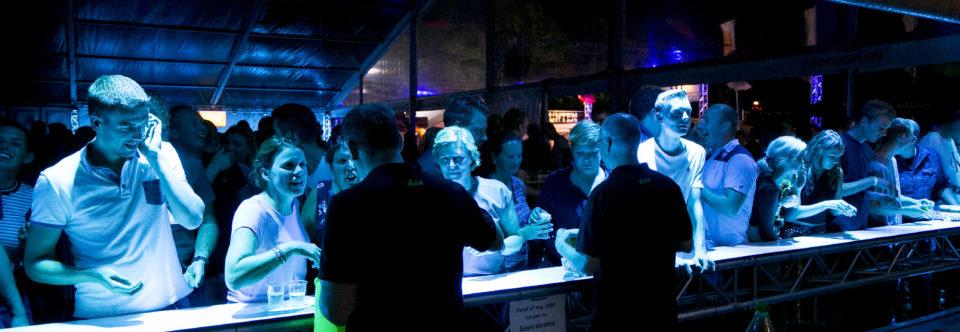 Gezocht: barmedewerkers voor de kermis